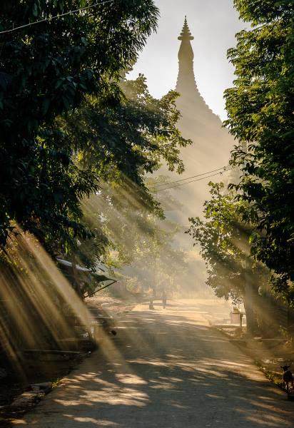 temple mrauk u lumiere