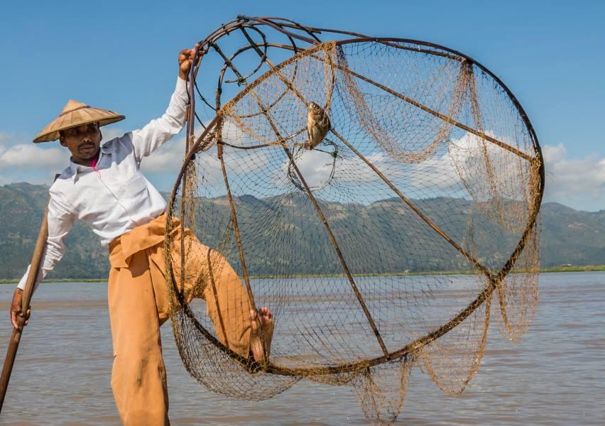 fisherman inle lake
