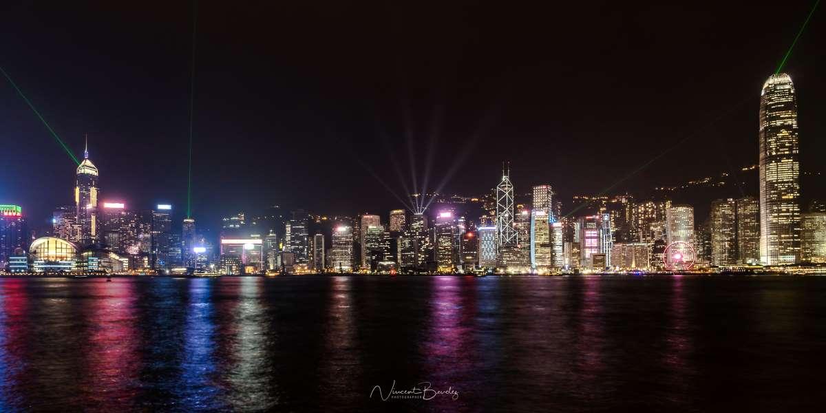 hong kong avenue of stars light show