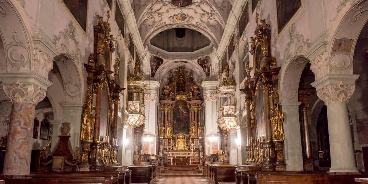 eglise salzbourg saint pierre Autriche Alpes | Blog Vincent Voyage