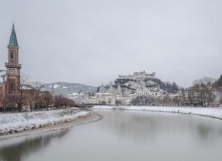 Visiter Salzbourg photo hiver riviere eglise Chateau Autriche | Blog Vincent Voyage