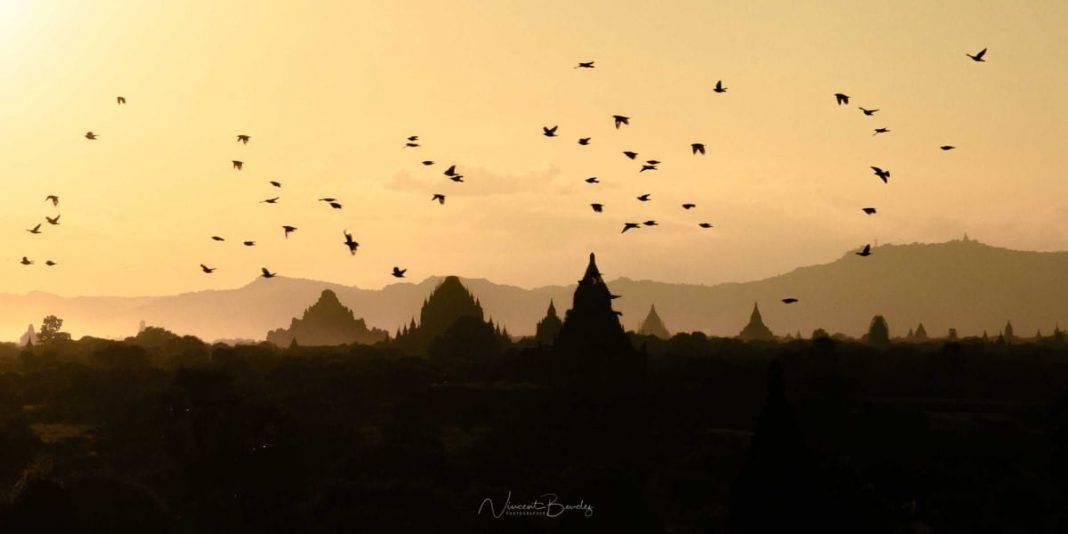 temples bagan coucher de soleil birmanie blog vincent voyage