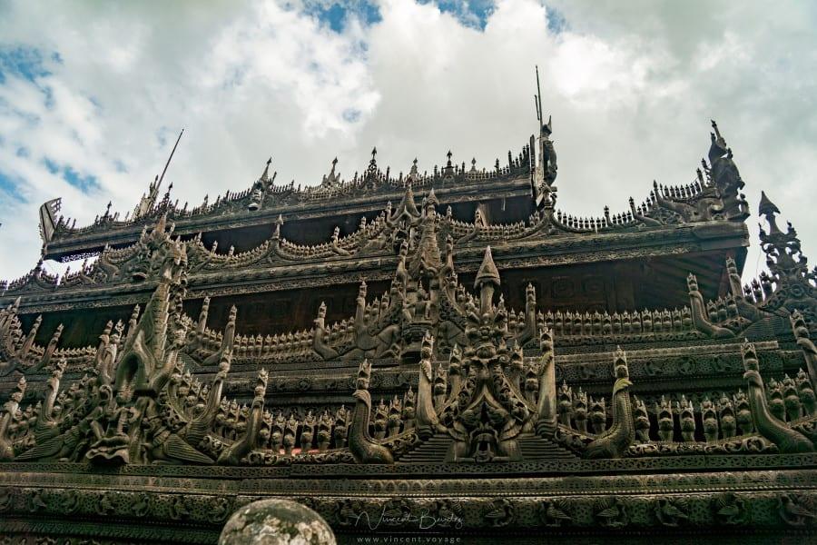 monastère Kyaung Shwenandaw à Mandalay en Birmanie