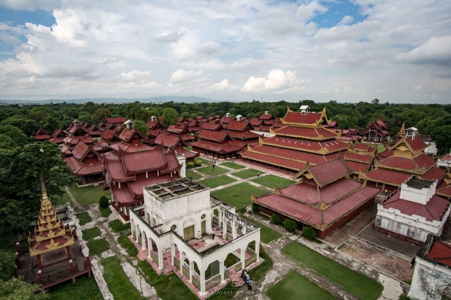 Palais royal de Mandalay en Birmanie