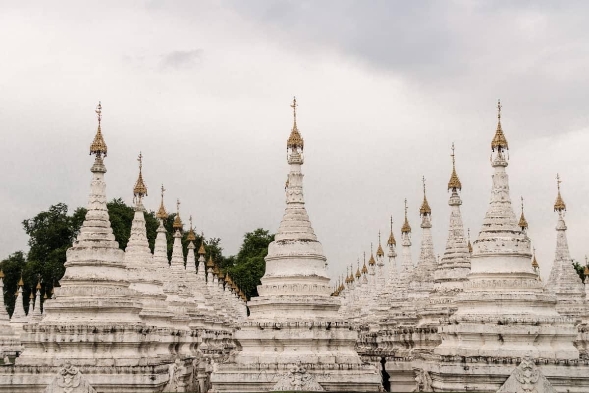 Pagode Kuthodaw Mandalay Birmanie