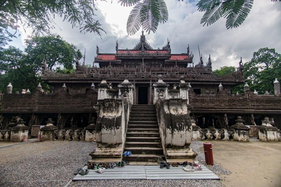 Kyaung Shwenandaw Monastère à Mandalay