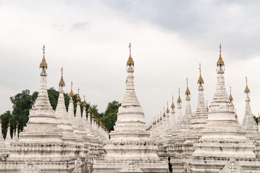 Stupas Paya Sandamuni à Mandalay