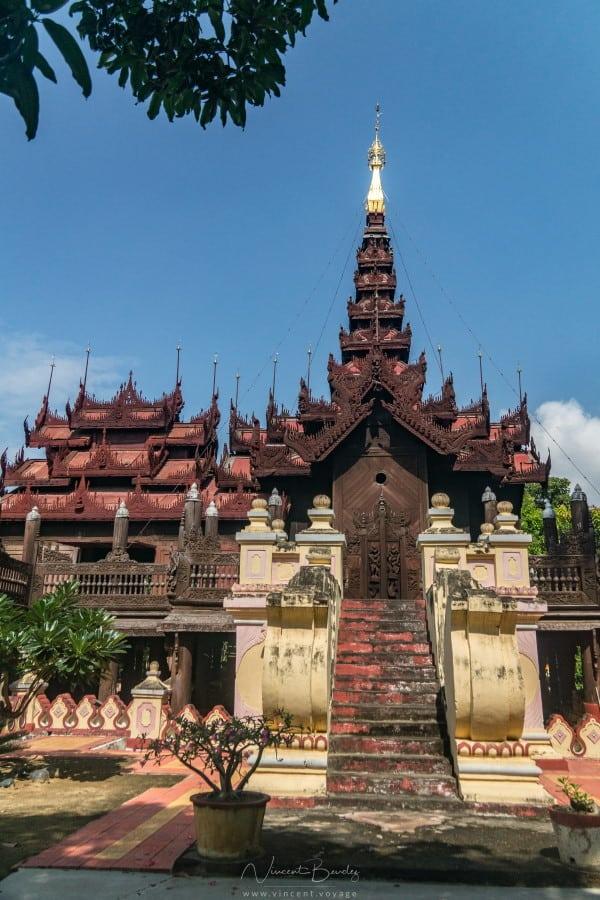 monastère Kyaung Shwe In Bin à Mandalay Birmanie