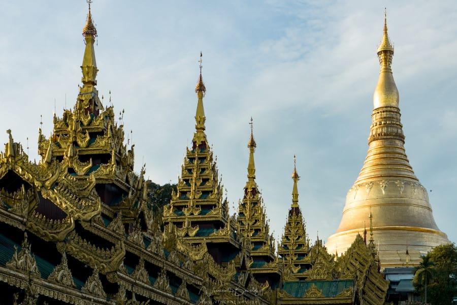 Pagode Shwedagon à Yangon en Birmanie