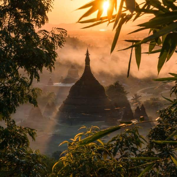 sunset mrauk u