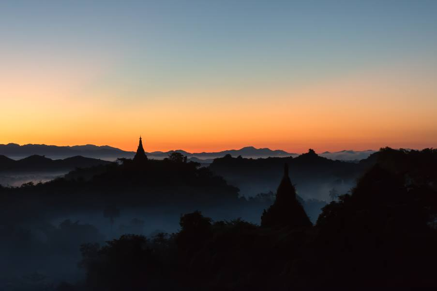 sunrise mrauk u