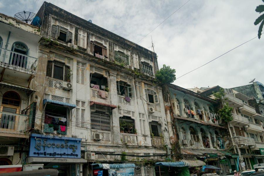 Immeubles de Yangon en Birmanie