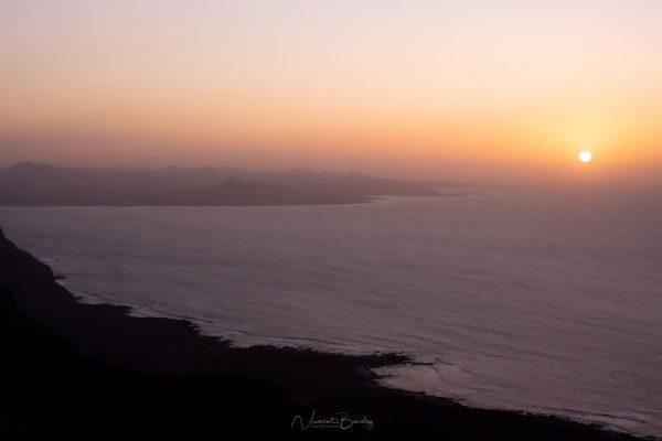 coucher de soleil lanzarote mirador del rio canaries