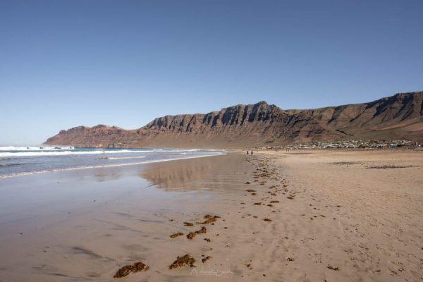 Plage de Famara à Lanzarote aux Iles Canaries