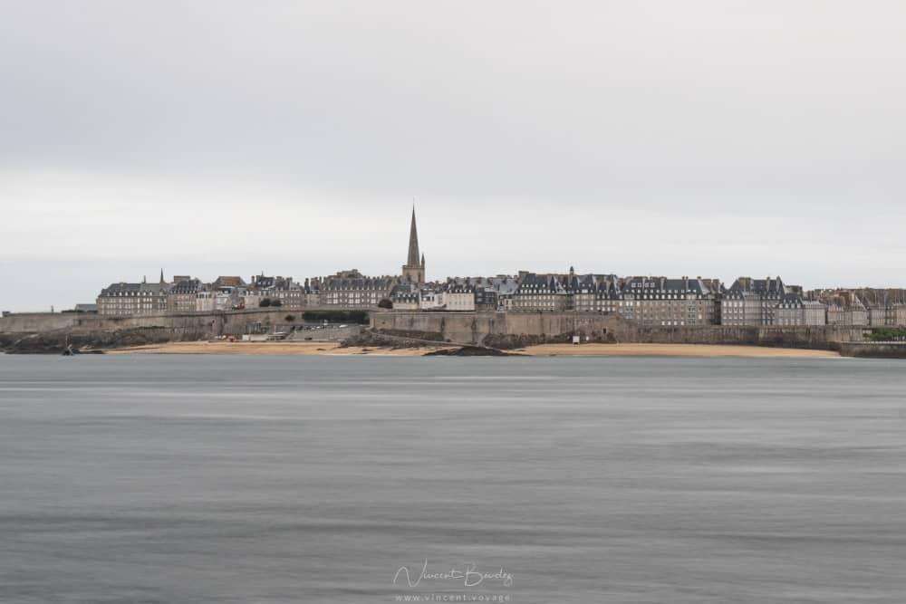 Vue sur Saint Malo depuis Dinard