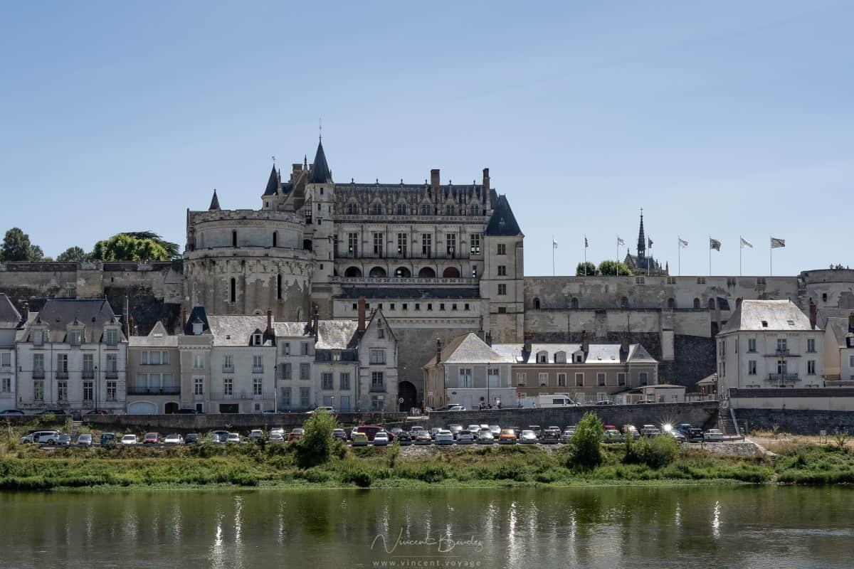 Chateau depuis les quais d'amboise
