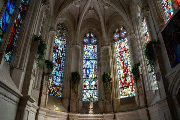 la Chapelle du château de Chenonceau et ses vitraux