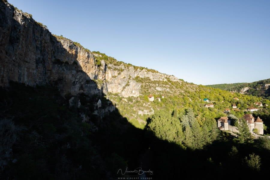 Falaises vallée du célé Sauliac dans le Lot