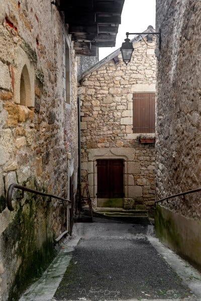 les vieilles ruelles de Puy l'évêque