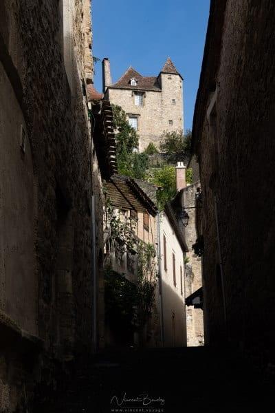 village médiéval de Puy l'évêque dans le Lot