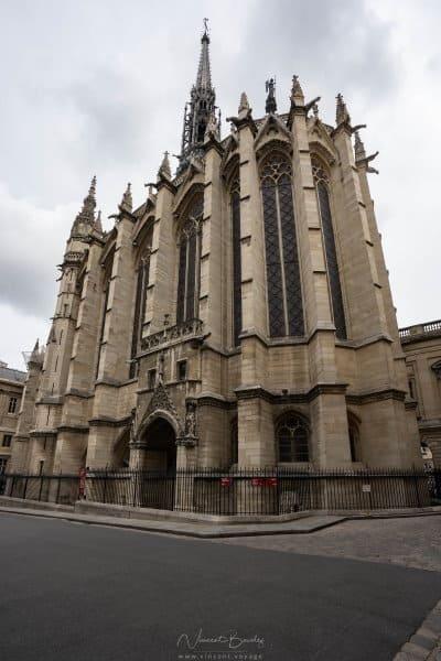 Extérieur sainte chapelle de Paris