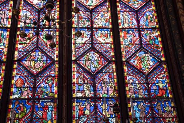 Vitraux de la chapelle haute de la sainte chapelle de paris