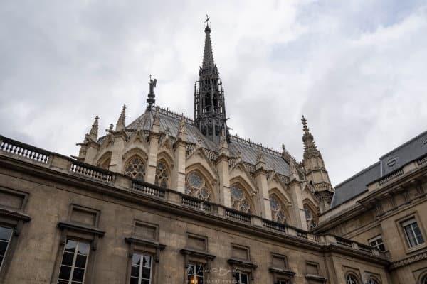Sainte Chapelle de Paris depuis Palais de la Justice