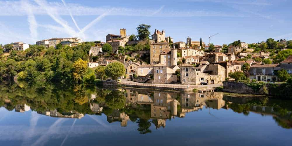 visiter village de puy leveque lot occitanie