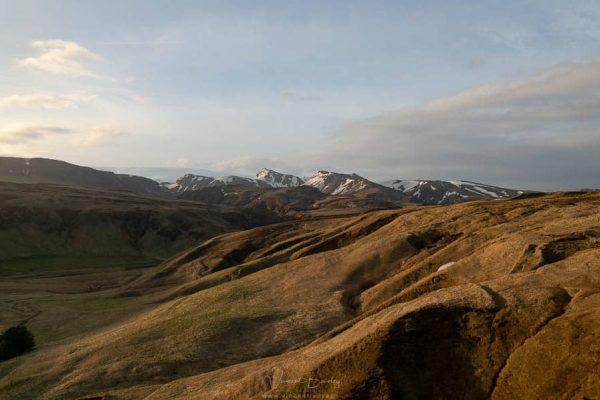 paysages côte sud de l'Islande et les montagnes