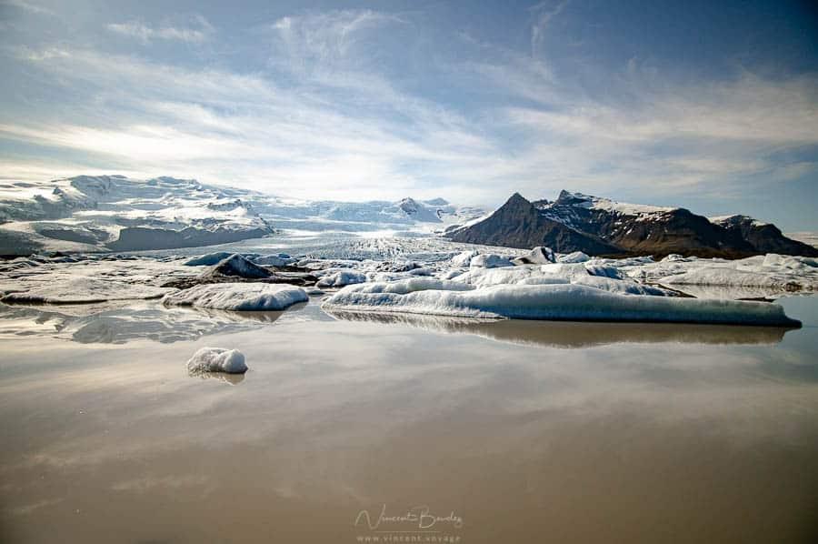 le glacier du Fjallsarlon sur la côte sud de l'Islande