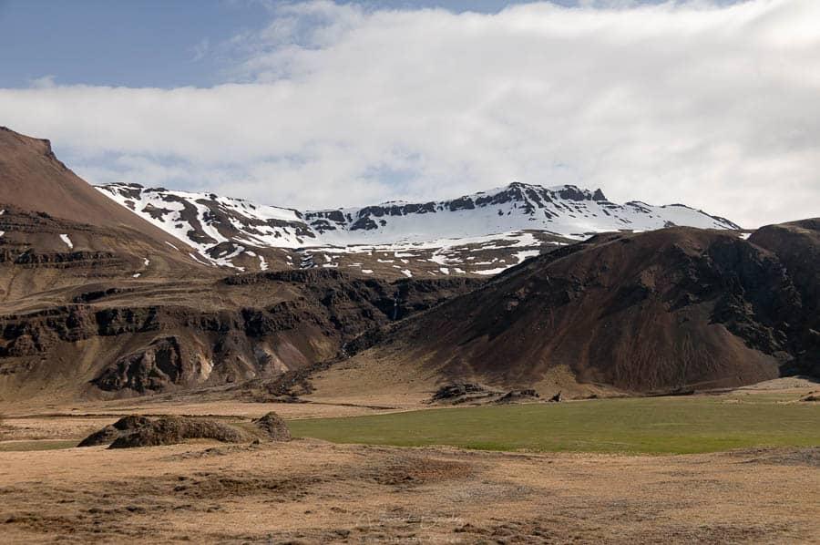 Autour montagne vestrahorn en Islande