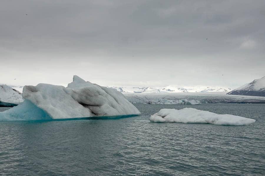 glacier Jokulsarlon sur la côte sud de l'Islande