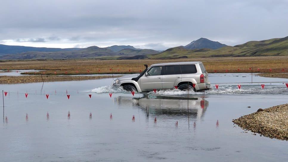 conduire islande rivière blog vincent voyage