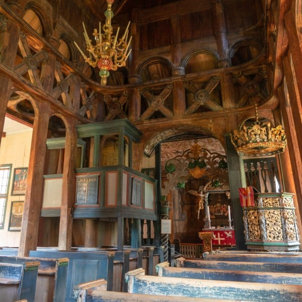 stavkirke eglise en bois debout en Norvège à Lom | Blog Vincent Voyage