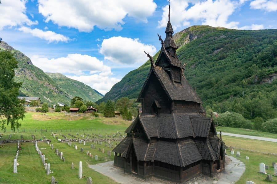 stavkirke eglise en bois debout en Norvège à Borgund | Blog Vincent Voyage