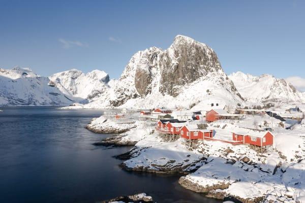 village de Hamnoy dans les Iles Lofoten en Norvège