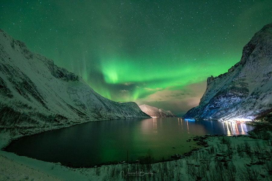 Route pour Fjordgard et aurores boréales