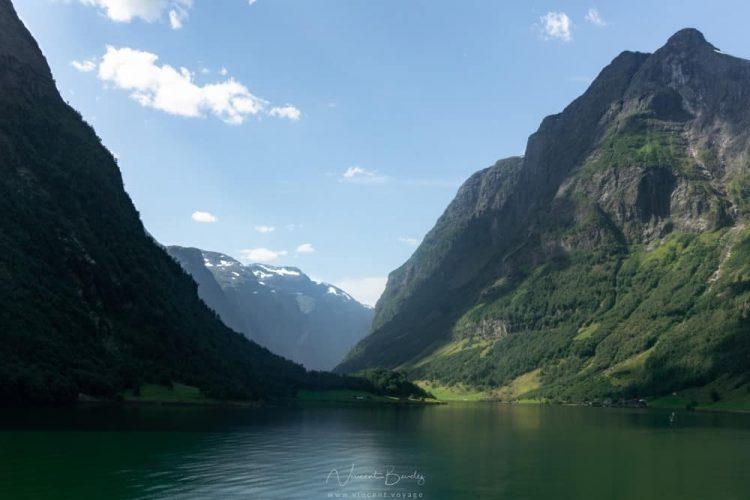 Naerofjord dans la région des fjords en Norvège