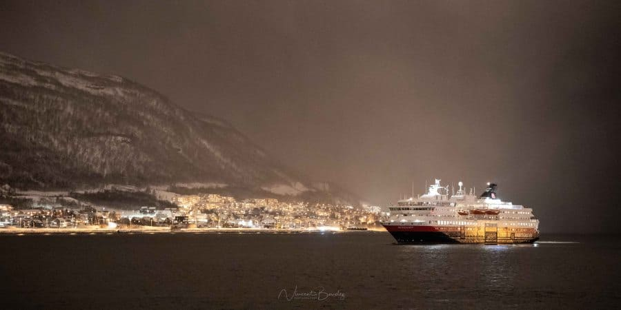 tromso ferry hurtigruten | blog vincent voyage