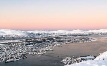 Visiter Tromso avec le téléphérique de Fjellheisen au coucher de soleil