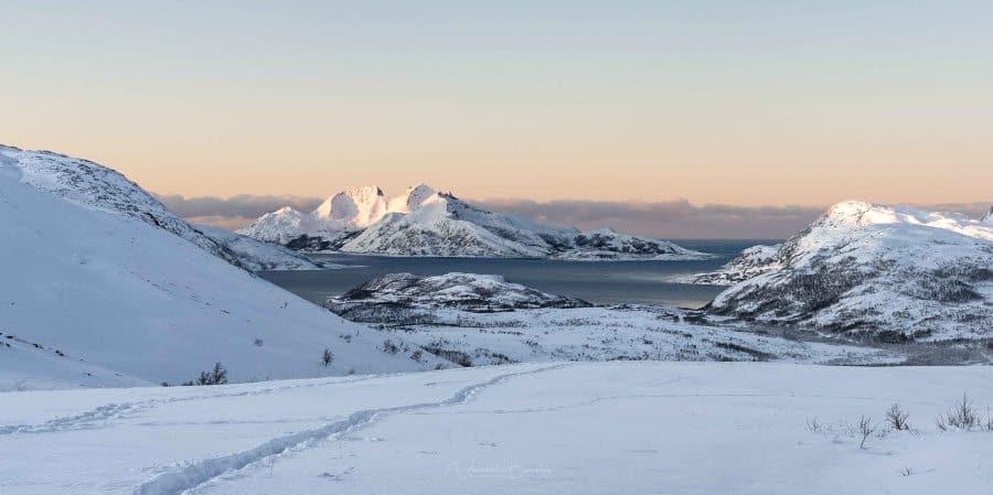 vue skulsfjord vengsoya kvaloya tromso norvege