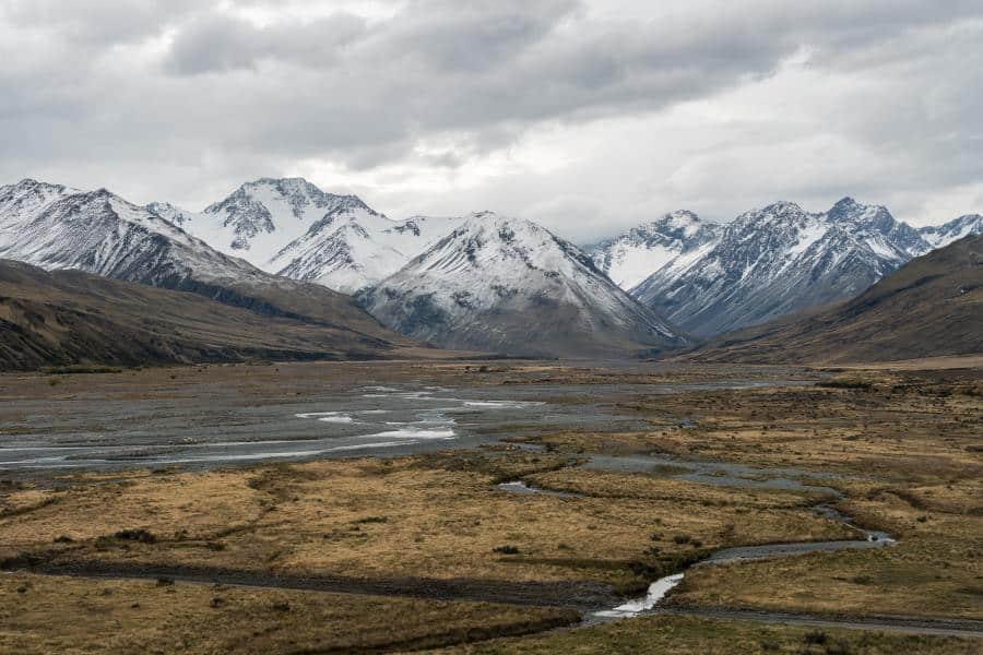 montagnes lac tekapo