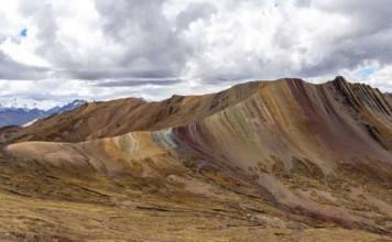 Voir la Montagne colorée Palcoyo à Cuzco au Pérou et Vinicunca
