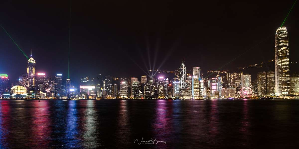 hong kong avenue of stars light show